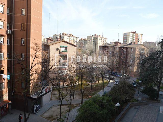 Piso en venta en calle betancunia pueblo nuevo ciudad for Pisos en pueblo nuevo