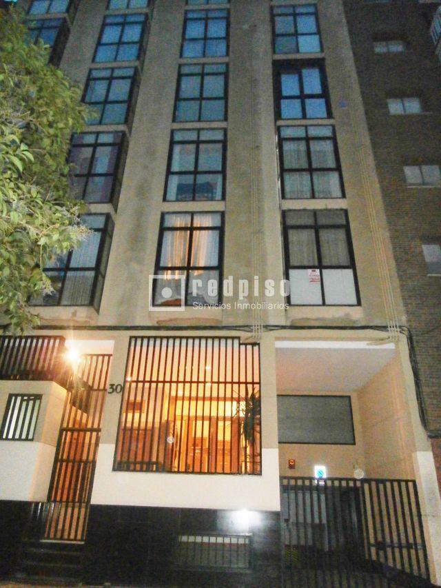 Plaza de garaje en venta en calle jos celestino mutis 30 for Plaza de garaje madrid