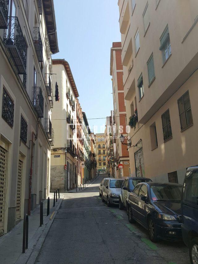 Local comercial en venta en calle buenavista embajadores for Local en centro comercial madrid