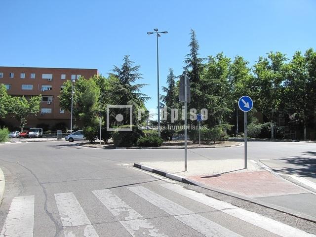 Plaza de garaje en venta en covibar pablo iglesias rivas for Plaza de garaje madrid
