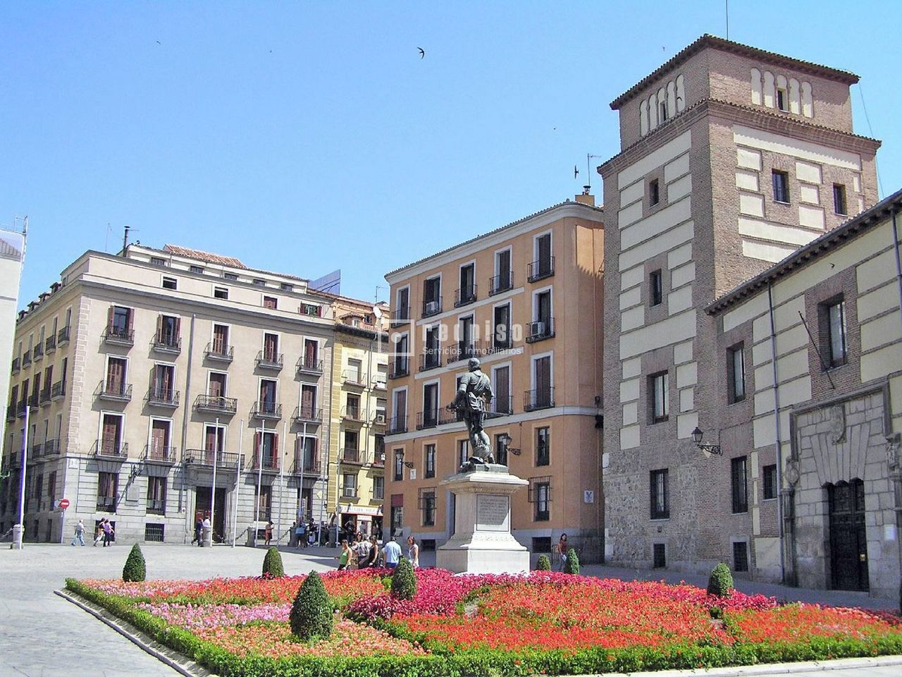 Plaza de garaje en venta en centro madrid madrid for Plaza de garaje madrid
