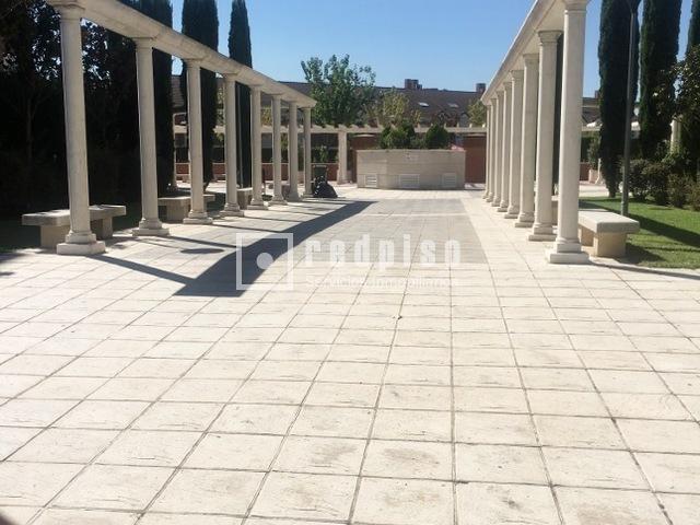 Piscina espartales alcala de henares great fachada de for Piscina municipal alcala de henares