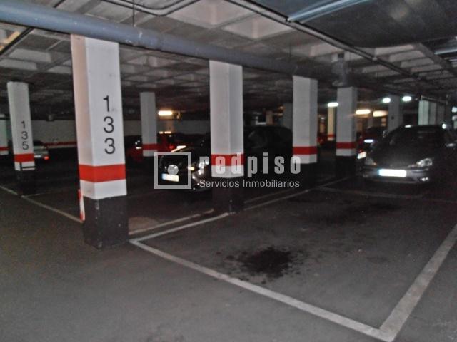 Plaza de garaje en venta en vic lvaro ambroz centro for Plaza de garaje madrid