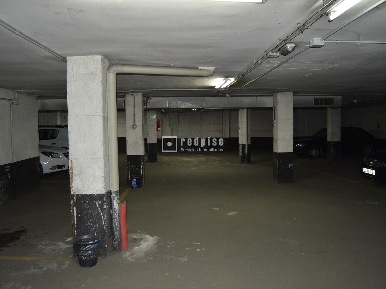 Plaza de garaje madrid cheap garaje en calle de miguel de for Plaza de garaje madrid