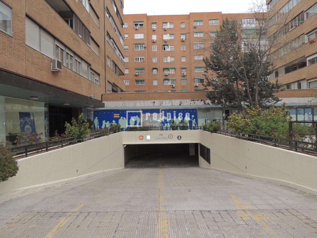 Plaza de garaje en venta en paseo de la castellana for Plaza de garaje madrid