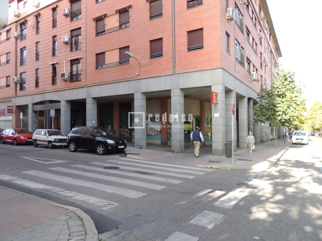 Oficina en alquiler en calle carmen montoya 19 almenara for Oficina de correos rivas vaciamadrid