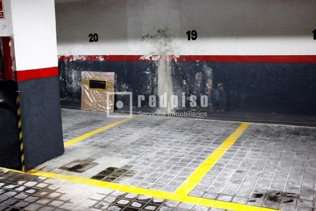 Plaza de garaje en venta en calle brescia guindalera for Plaza de garaje madrid