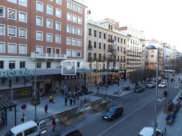 Piso en venta en calle fuencarral trafalgar chamber for Pisos en chamberi madrid