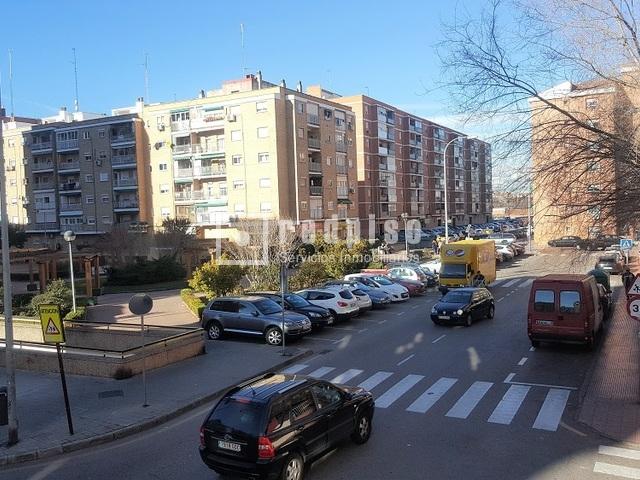 Piso en alquiler en calle luis de medina alcal de for Pisos en calle alcala madrid