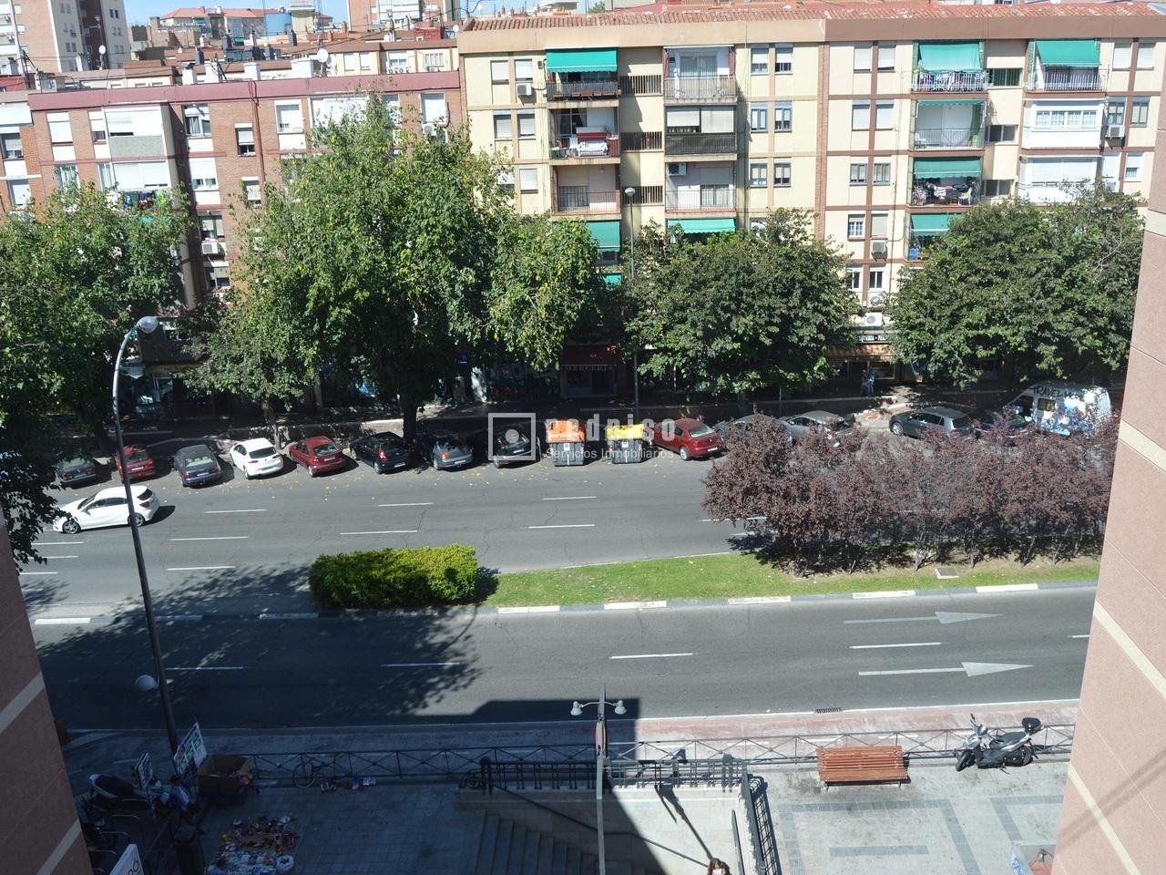 Piso en venta en calle maria teresa saenz de heredia ventas ciudad lineal madrid madrid - Pisos en venta en ciudad lineal ...