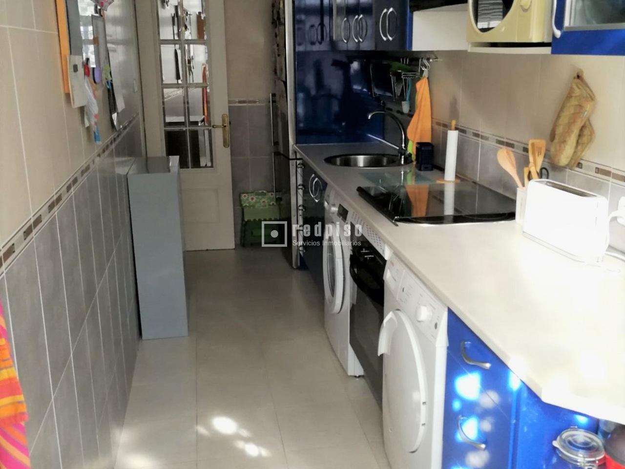 Piso en venta en calle ginzo de limia pilar fuencarral for Piso xinzo de limia