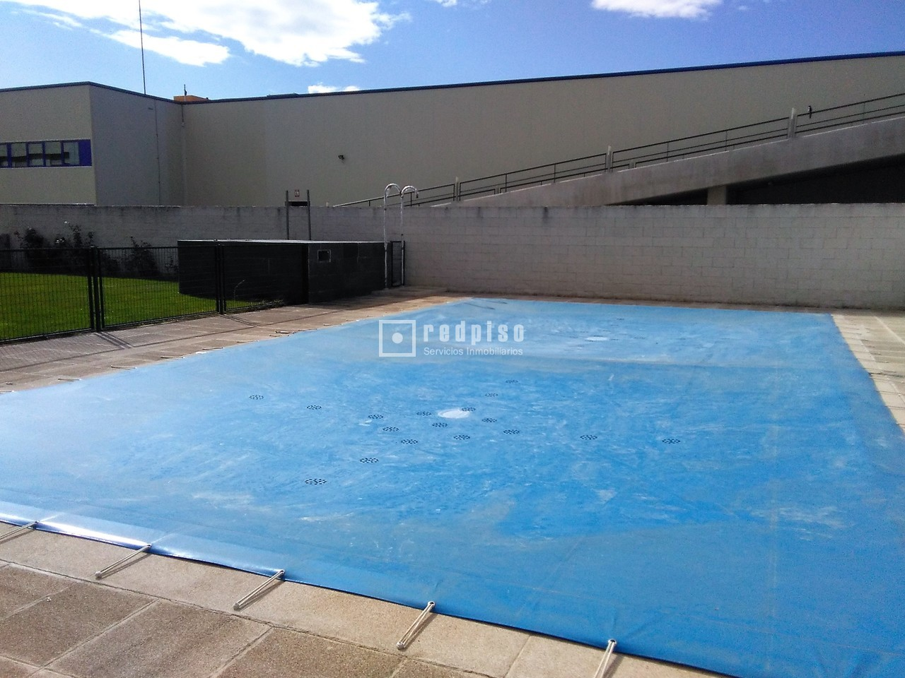 Piscinas tres cantos amazing deporte online with piscinas for Piscina islas tres cantos