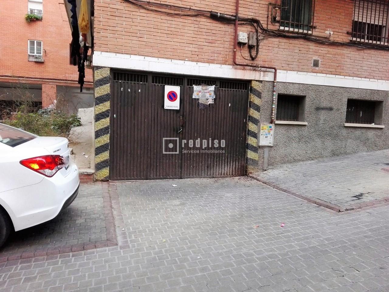 Plaza de garaje en venta en puente de vallecas madrid for Plaza de garaje madrid