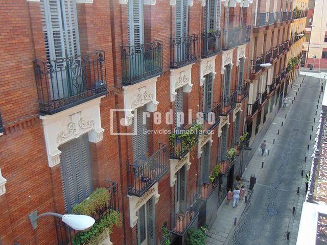 Piso en venta en centro madrid madrid rp133201732135 for Compartir piso madrid centro